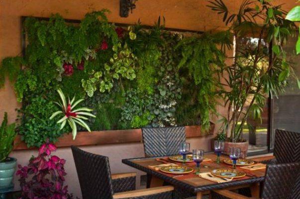 Unik-Inteior-Design-Nika-Roback-Woodland-Hills-CA-Living-Wall