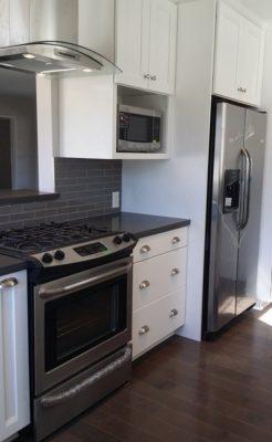 Unik-Interior-Designs-Simi-Valley-CA-Nika-Roback-Contemporary-Kitchen