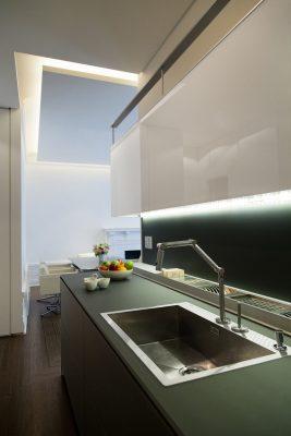 Unik-Interior-Designs-Simi-Valley-CA-Nika-Roback-Glass-Kitchen