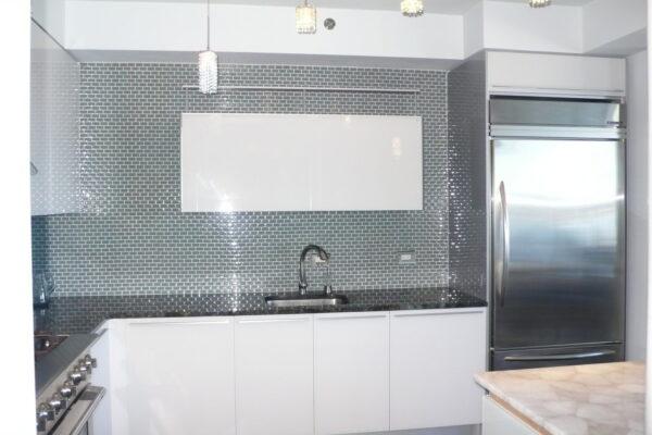 Unik-Interior-Designs-Simi-Valley-CA-Nika-Roback-White-Glass-Kitchen