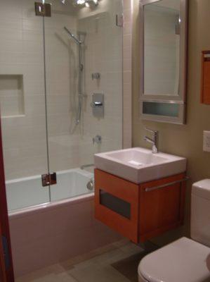 Unik-Interior-Designs-Simi-Valley-CA-Nika-Roback-Woodland-Hills-Bathroom-2